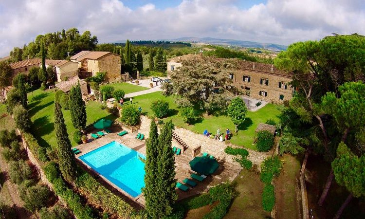Nikmati Liburan Anda di Tuscany Villas & Tetap Dekat Dengan Alam
